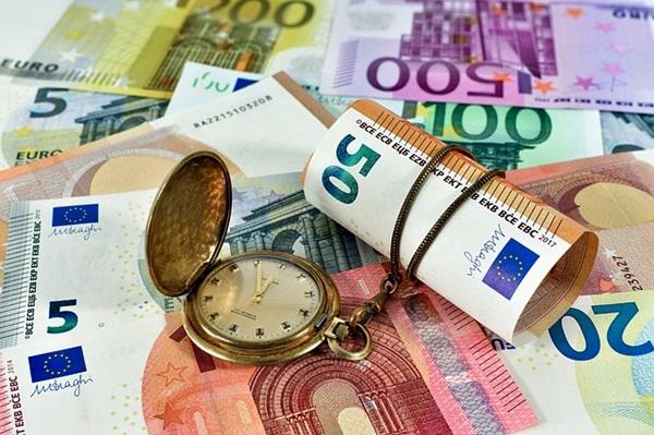 euro-3060714_640.jpg